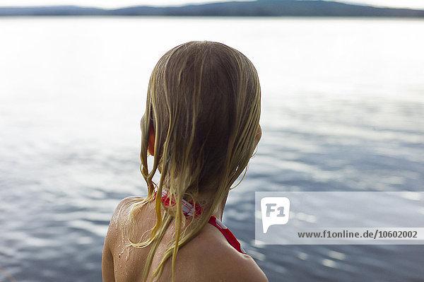 Wasser sehen Mädchen