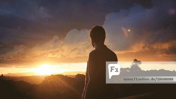 Mann Fotografie nehmen drehen Sonnenuntergang