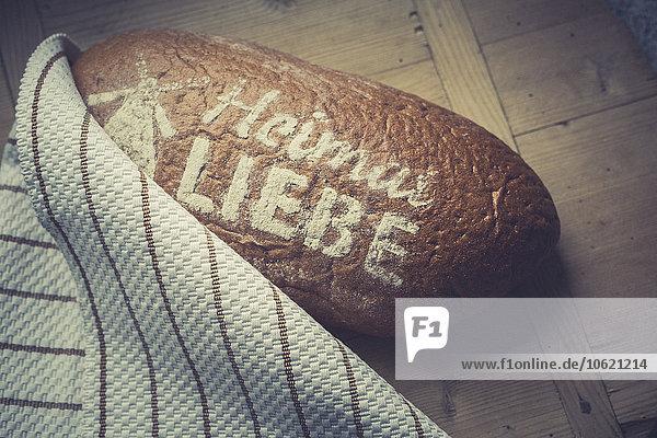 Laib Brot  Liebe zur Heimat