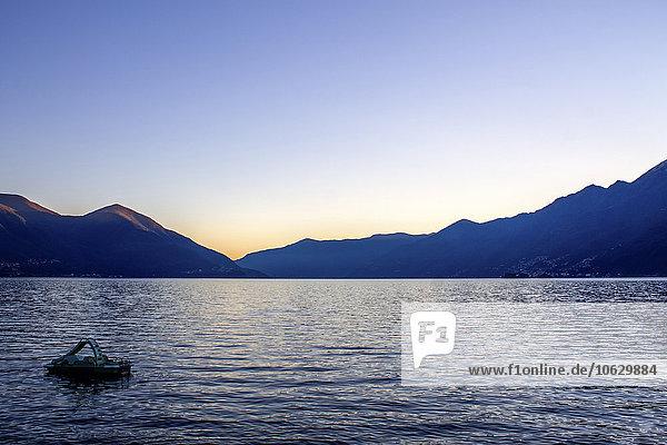 Lago Maggiore bei Sonnenuntergang