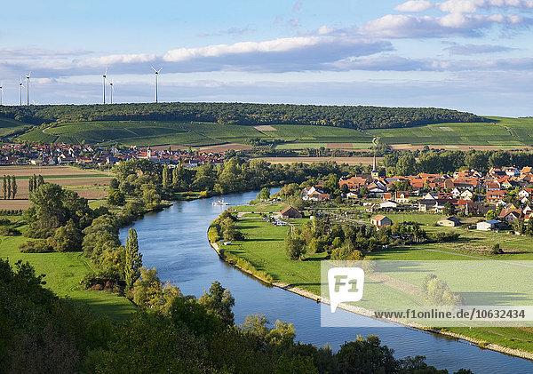 Deutschland  Unterfranken  Main mit Untereisenheim und Fahr