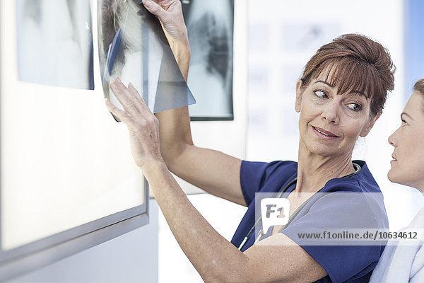 Ärzte im Krankenhaus  Radiologen