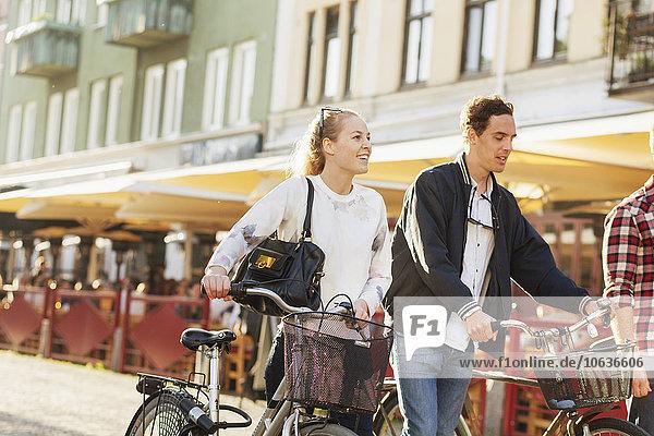 Freundschaft, gehen, Straße, Großstadt, Fahrrad, Rad