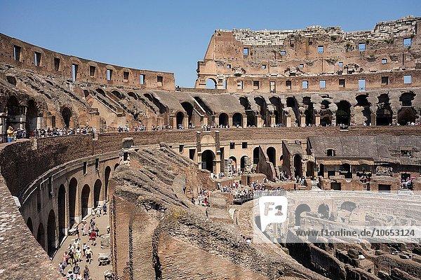 Rom Hauptstadt innerhalb Kolosseum Italien römisch