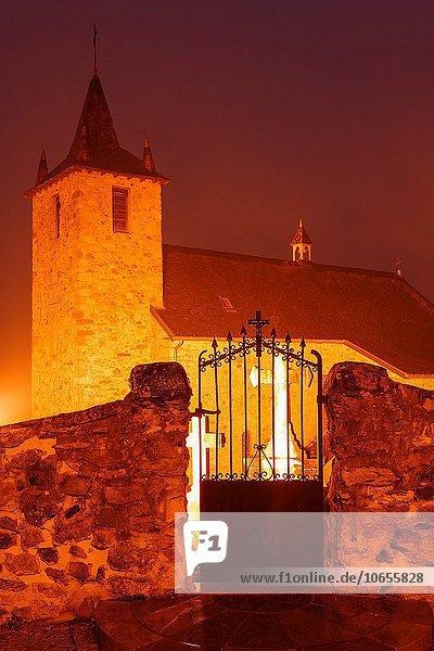 Frankreich Europa Kirche Aquitanien Pyrenäen