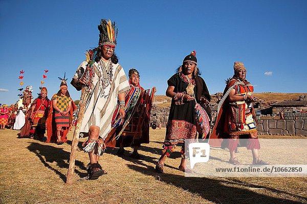 Mensch Menschen Tradition Festival Kostüm - Faschingskostüm Ethnisches Erscheinungsbild Cuzco Cusco Peru Südamerika