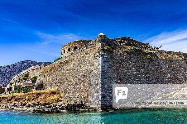Festung auf der unbewohnten griechischen Insel Spinalonga oder Kalydon  Golf von Mirabello  Kreta  Griechenland  Europa