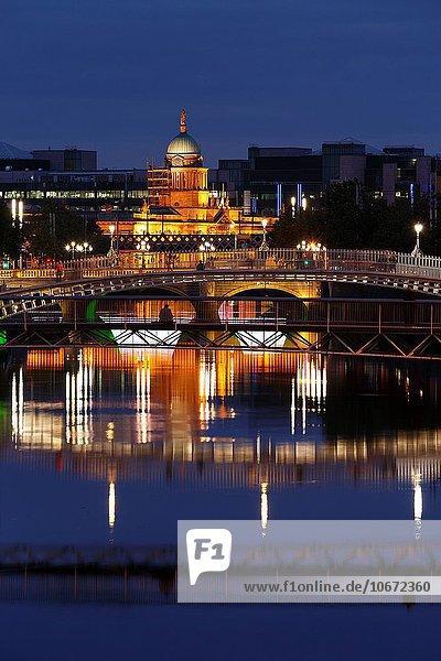 Dublin Hauptstadt Europa Brücke Fluss Irland Penny