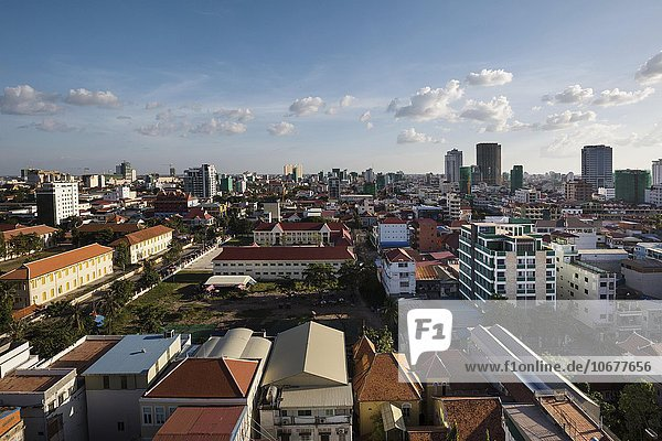 View on the city with Sisovat College  cityscape  Phnom Penh  Cambodia  Asia