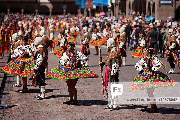 Stilleben still stills Stillleben Stadtplatz Festival Cuzco Cusco Peru Südamerika