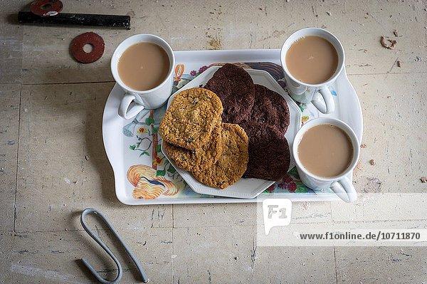 Becher Teller Sortiment Keks Tee