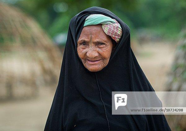 Westafrika Portrait Frau Tätowierung Benin alt Volksstamm Stamm