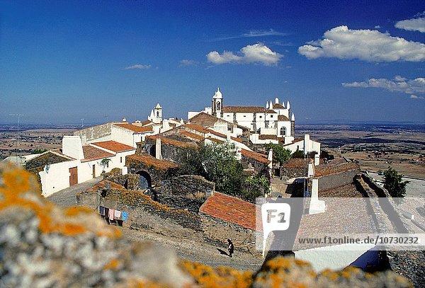 village of Monsaraz  Alentejo region  Portugal  Southern Europe.