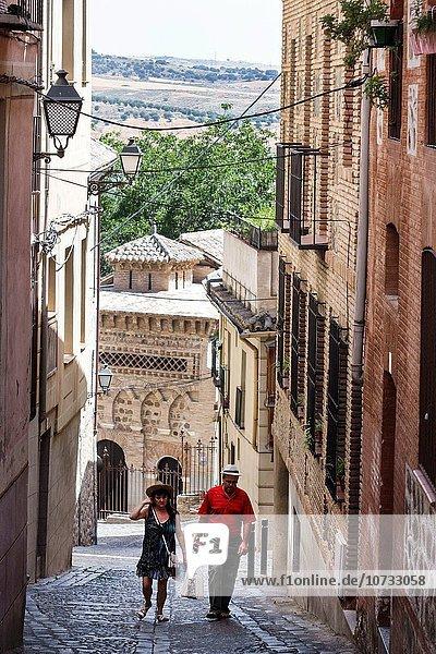 Europa Frau Mann Forschung Gebäude Straße Hispanier Gasse schmal Spanien spanisch steil Toledo