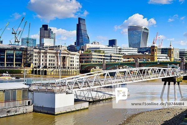 Großbritannien Gebäude London Hauptstadt Brücke Fluss Themse Kai London Borough of Southwark England