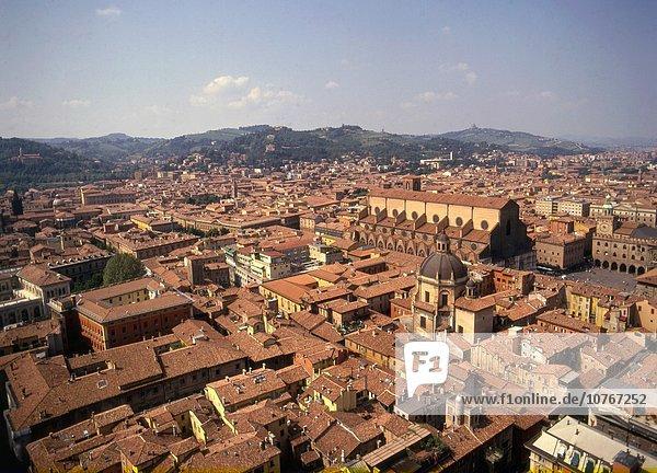 Panorama Skyline Skylines Emilia-Romangna Luftbild Bologna Italien