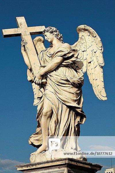Rom Hauptstadt überqueren Skulptur Brücke Engel Kreuz Italien