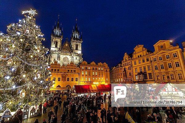 Prag Hauptstadt Tradition Stadt Quadrat Quadrate quadratisch quadratisches quadratischer Weihnachten Tschechische Republik Tschechien Markt alt