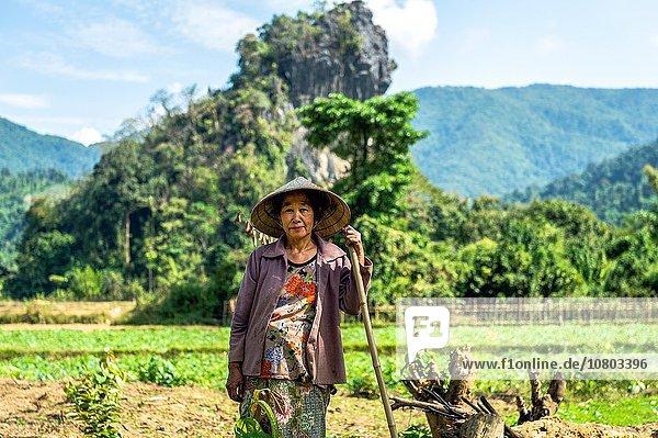 Ländliches Motiv ländliche Motive Portrait Dorf Bauer Süden Asien Laos