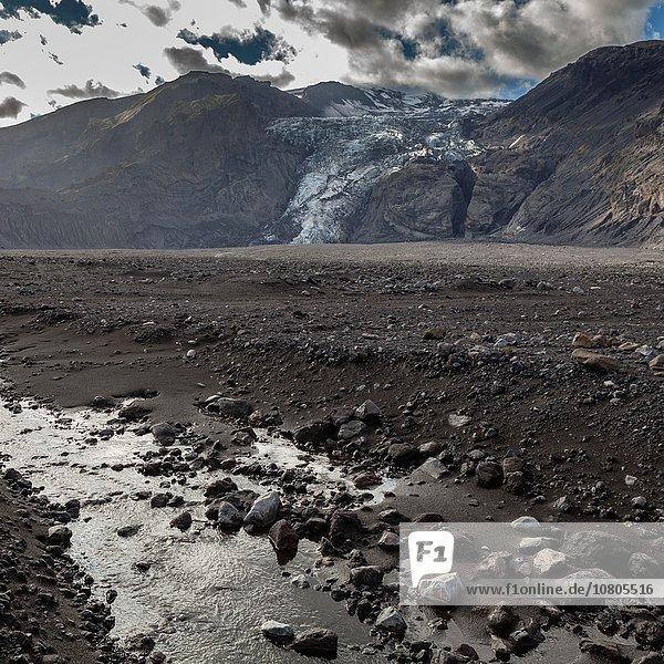 Landschaft klein Mütze folgen Aktion füllen füllt füllend Vulkanausbruch Ausbruch Eruption Eis Vulkan hoch oben Gletscher schmelzen entlassen Schmelzwasser 20 Asche Pause März