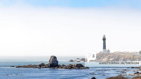 Leuchtturm an der Küste  Los Angeles  Kalifornien  USA