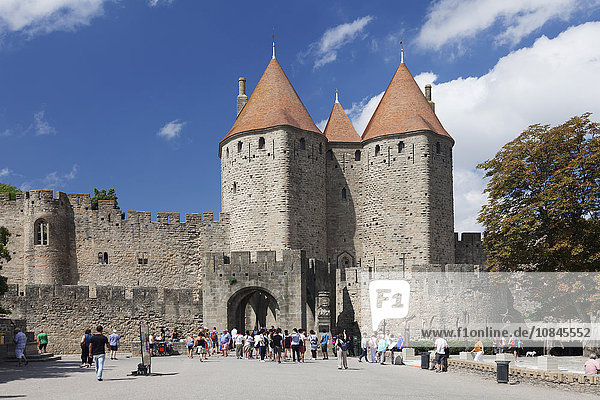 La Cite  medieval fortress city  Carcassonne  UNESCO World Heritage Site  Languedoc-Roussillon  France  Europe