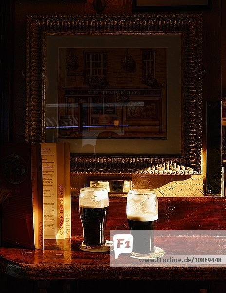 Pints of Guinness  The Temple Bar  Dublin  Irland