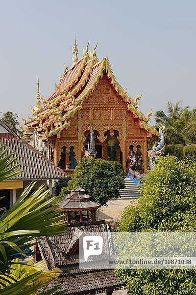Temple  wat  Chiang Rai  Thailand