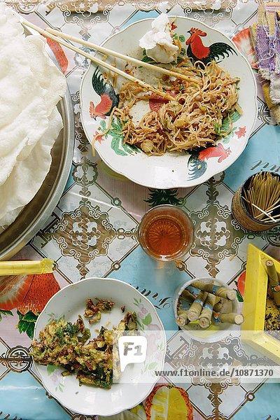 Stilleben von burmesischem Essen  Nyaung Shwe  Inle See  Burma