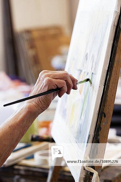 Seniorin Malerei