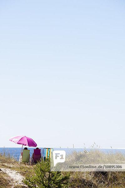 Schweden  Gotland  Tofta Strand  Entspannung am Strand