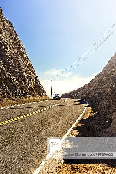 USA  Kalifornien  Auto auf der Straße