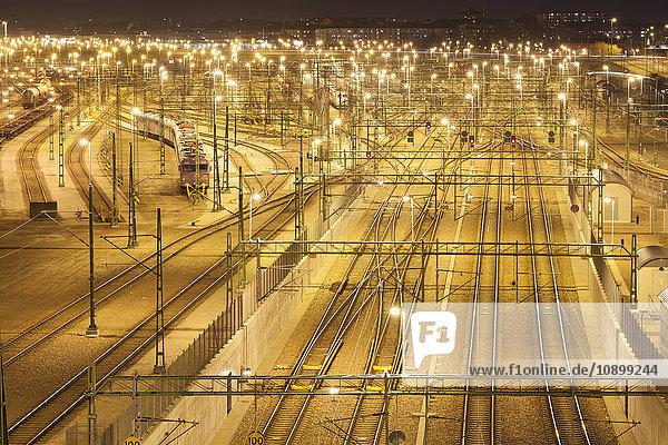 Schweden  Skane  Malmö  Hauptbahnhof bei Nacht