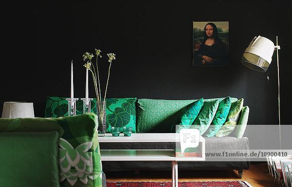 Schweden  Smaland  Almhult  Bavervagen  Gestaltung eines modernen Wohnzimmers