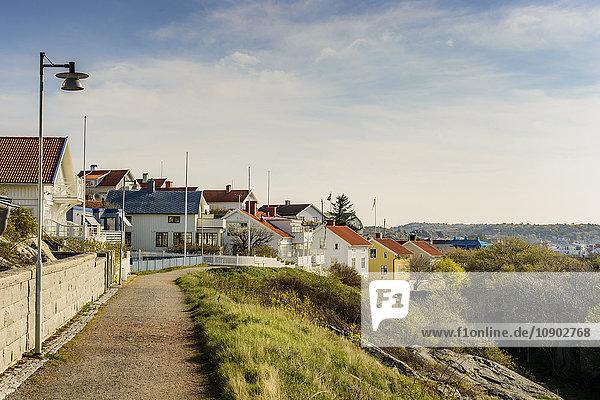 Schweden  Westküste  Bohuslan  Marstrand  Ansicht der Häuser im Dorf