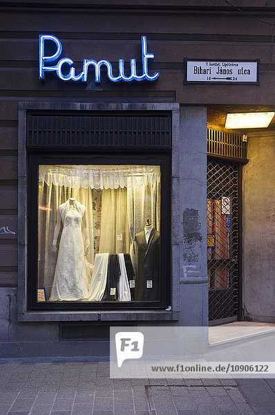 Hungary  Budapest  retail business  wedding shop