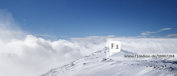 Schottland  Glencoe  Stob Dearg  Bergsteigen im Winter