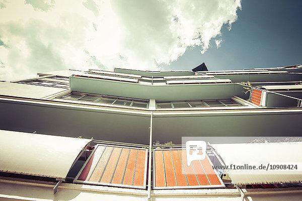 Deutschland,  Berlin,  Fassade Mehrfamilienhaus Hansaviertel