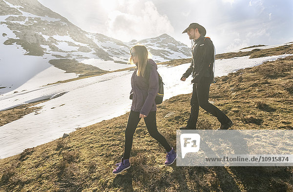 Spanien  Asturien  Somiedo  Paar Wanderungen in den Bergen