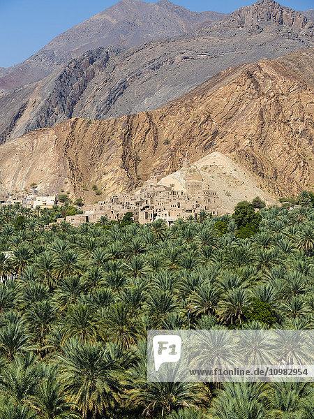 Oman  Ad-Dhakiliya  Al Hajar al Gharbi Gebirge  Bergdorf Birkat al Mawz