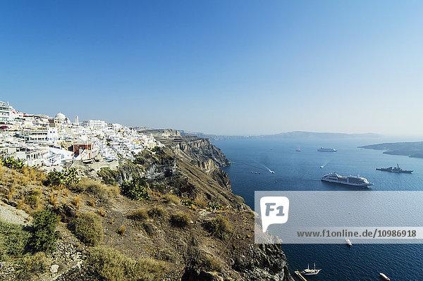 Griechenland  Santorini  Blick auf Fira und Caldera