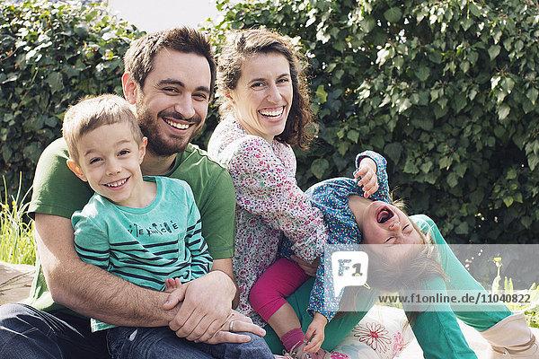Familie genießt einen Tag Picknick  Portrait
