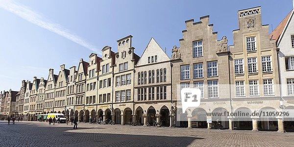 Gabled houses at Prinzipalmarkt  Münster  Münsterland  North Rhine-Westphalia  Germany  Europe