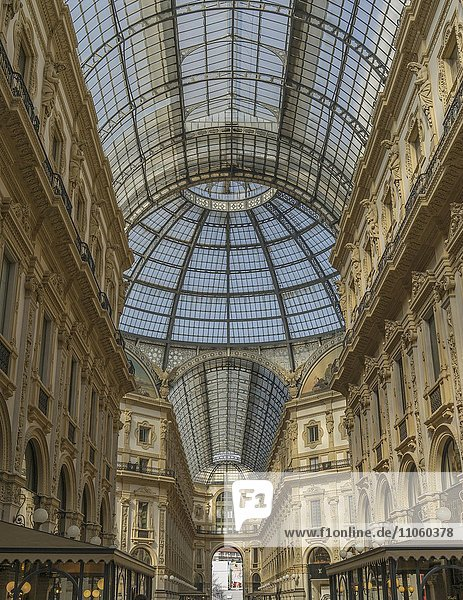 Einkaufspassage Galleria Vittorio Emanuele II  Viktor-Emanuel-Galerie  Lombardei  Mailand  Italien  Europa