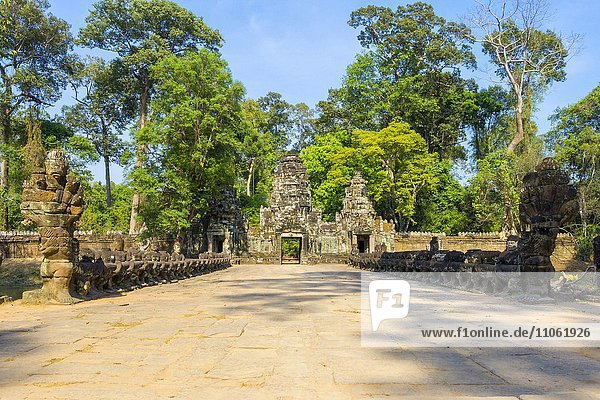 West-Tor der Tempelruinen von Prasat Preah Khan  Unesco-Weltkulturerbe  Angkor  Provinz Siem Reap  Kambodscha  Asien