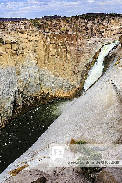 Wasserfall  Augrabiesfälle  Grenzfluss Oranje  Nordkap  Namibia  Südafrika  Afrika