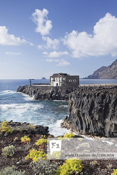 Hotel Punta Grande auf Felsklippe  Las Puntas  El Golfo  El Hierro  Kanarische Inseln  Spanien  Europa