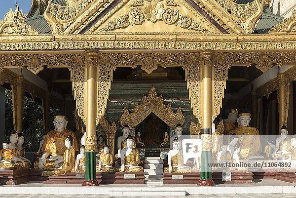 Koo Chein Kan und Ma Kyee Kyee Hall  Shwedagon-Pagode  Rangun  Yangon  Myanmar  Asien