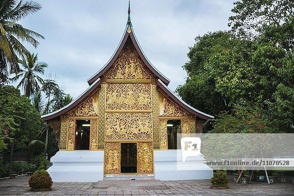 Begräbniskapelle in der Tempelanlage Wat Xieng Thong  Luang Prabang  Laos  Asien