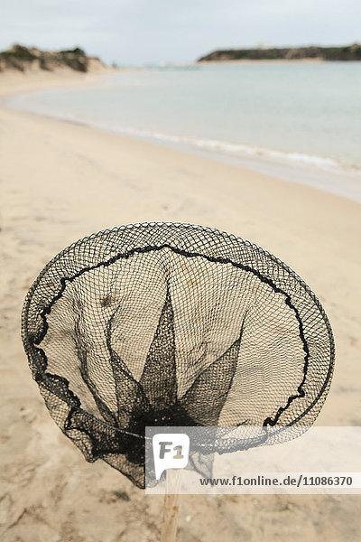 Nahaufnahme des Fischernetzes am Strand
